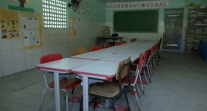 sala-de-aula-vaziajpg