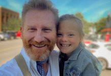 ele-perdeu-a-esposa-recentemente-e-foi-a-filha-com-sindrome-de-down-que-lhe-devolveu-a-alegria